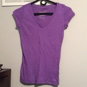 Aero Light Purple V-Neck Shirt. Size: XS